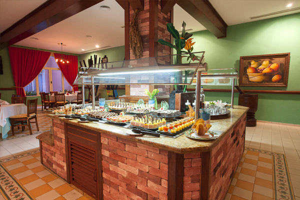 Restaurant - Hotel Majestic Colonial Punta Cana